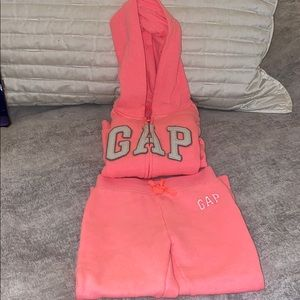 Gap toddler set size 4T